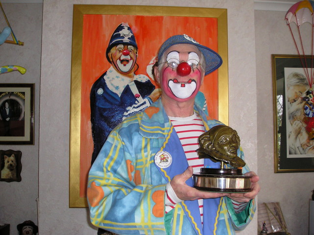 Clown Bluey with the Silly Willy Award, 2003