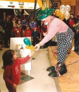 Clown Bluey performing, Easter bonnet competition, Marlands Shop Mall